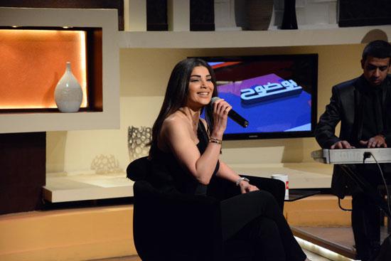 """قناة الحياة 1: كواليس حلقة دينا حايك مع عمرو الليثى فى """"بوضوح"""""""